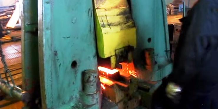 Паста BECHEM BERULUB 932 ANTISEIZE PASTE успешно применяется на металлообрабатывающих предприятиях