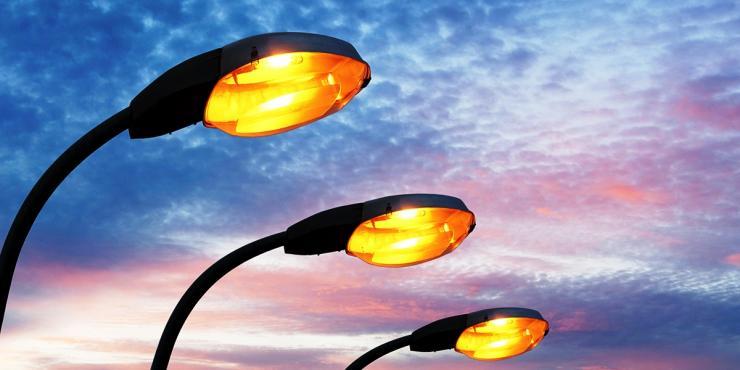 Клей-герметик Merbenit UV27 – гарантия высокой герметизации уличных светильников